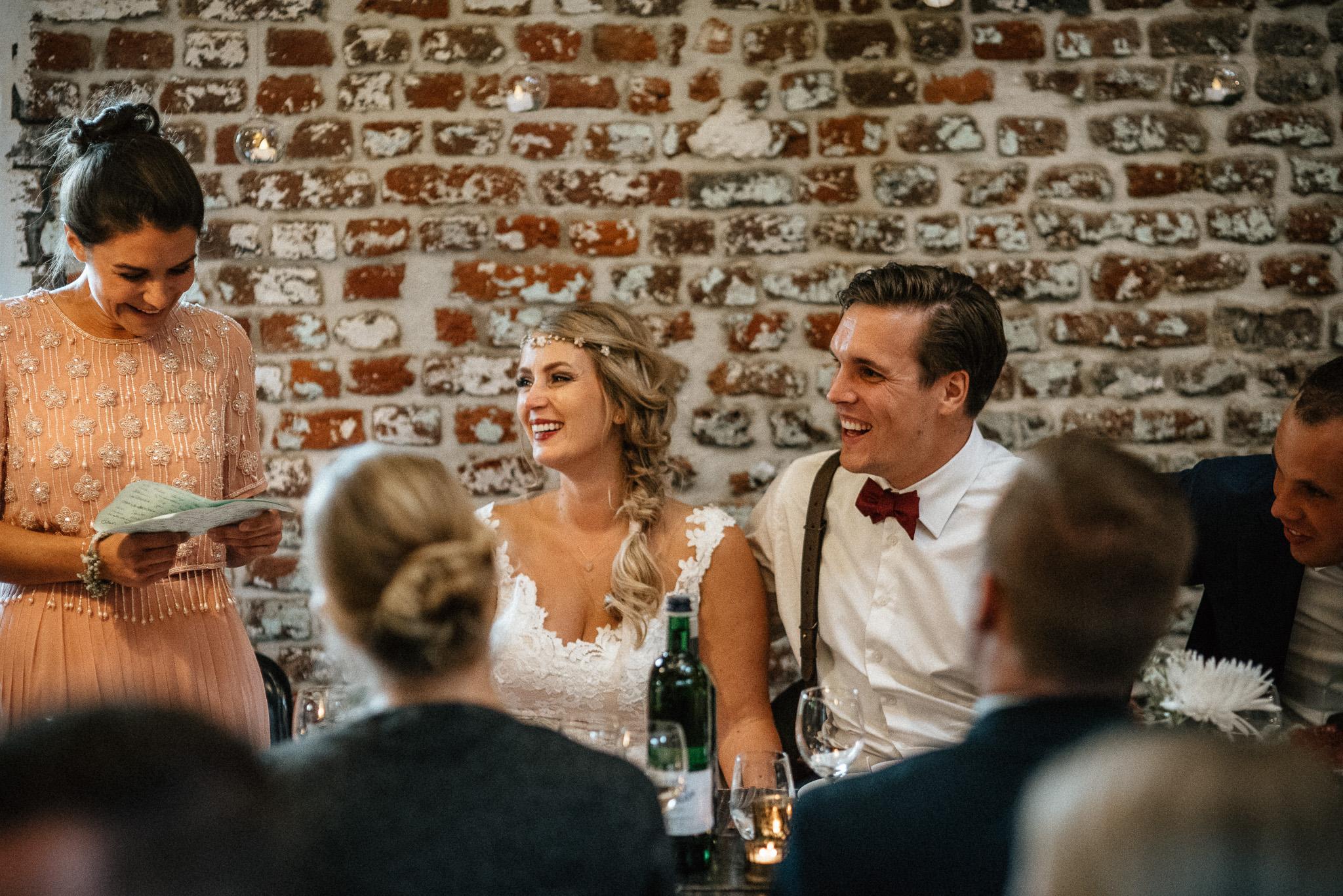 Trauung im Freien - Hochzeitsreportage Aachen Gianna und Tobi - Timo Hess Fotografie
