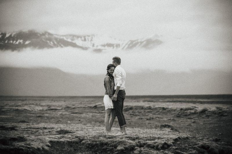 couple session iceland - hochzeitsreportage island - Timo Hess Fotografie Paarshooting auf Island - Hochzeitsfotograf Würzburg