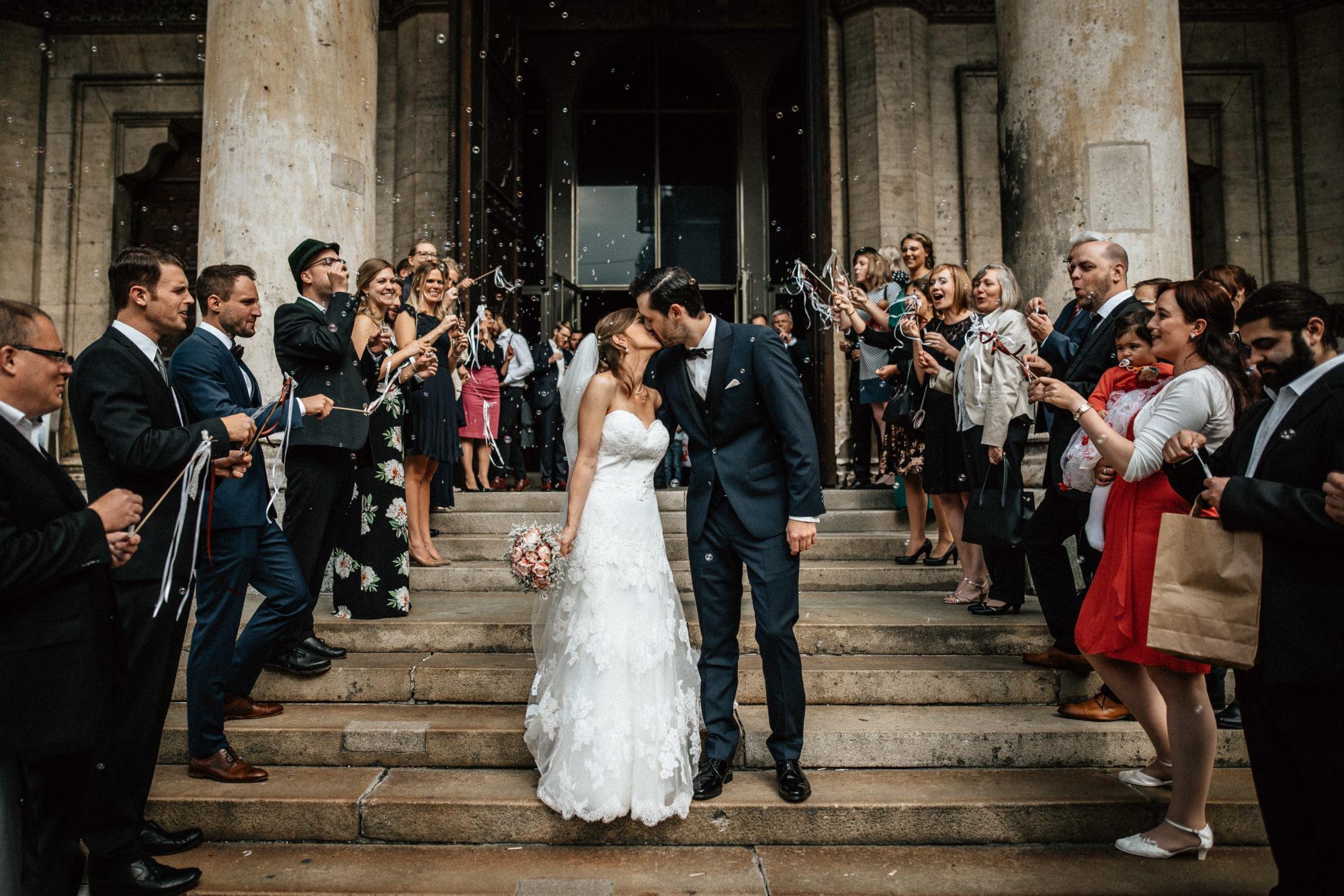 Timo Hess Fotografie : Hochzeitsfotograf Würzburg : Hochzeitsfotograf München : Hochzeitsreportage Susanne Und Simon Ludwigskirche