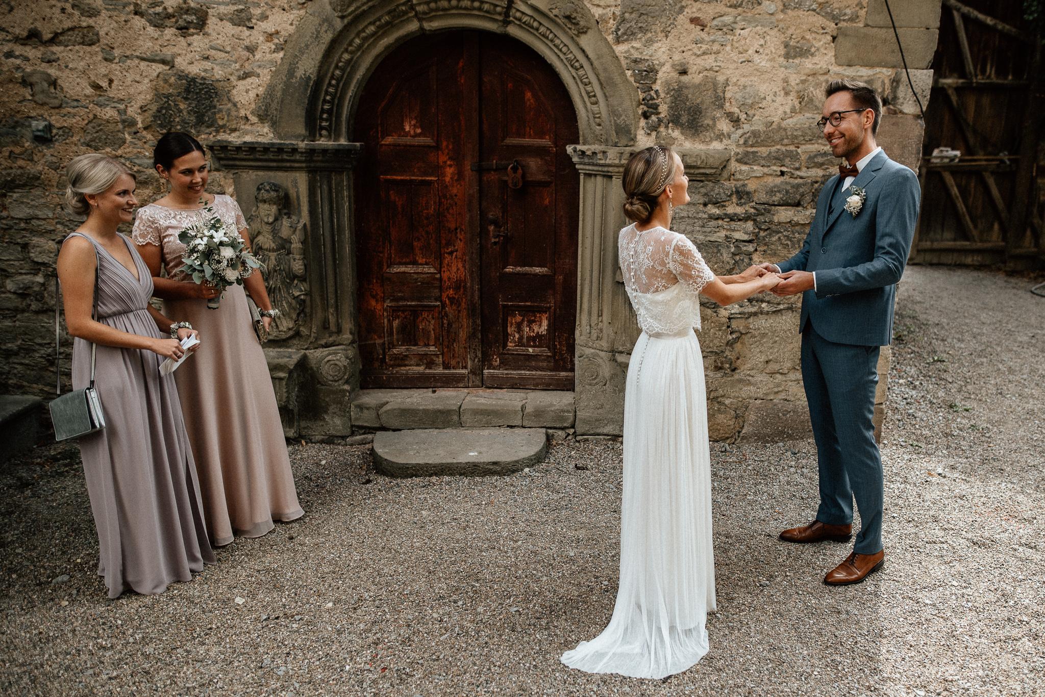 Timo Hess Fotografie Hochzeitsfotograf Leipzig Hochzeitsreportage Bamberg Hochzeit Lisa Und Jan Wasserschloss Unsleben